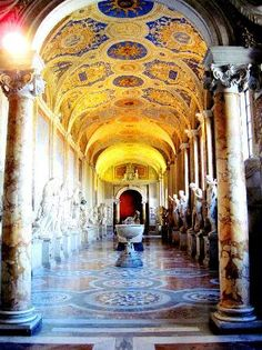 The gallery of statues - Vatican Museum