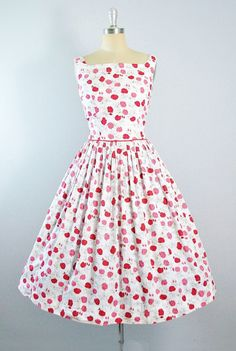 Vintage 50s ROSE Print Dress / 1950s Wrap by GeronimoVintage