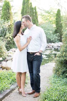 Knoxville Garden Engagement pictures in Tennessee.
