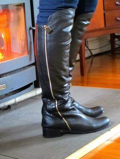 Zoe Kratzmann boots