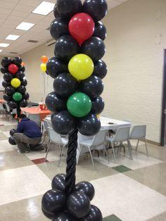 Under construction balloon arrangement