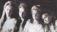 As LINDAS MENINAS ROMANOV - da esquerda para a direita: Tatiana, Olga, Maria e Anastasia. Foto de autor desconhecido.