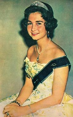 cotilleando:  Young Princess Sophia of Greece, now Queen Sofia of Spain