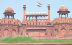 Attractive Agra Deal tour packages with reasonable rate on Fli-ghts.com