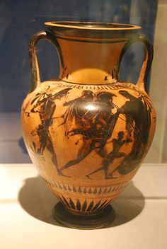 Attic black-figure neck amphora attributed to thePainter of Munich 1519; Aeneas flight with Anchisis, Iulos and a forth person from Troy, protected by Aphrodite; about 510 BC