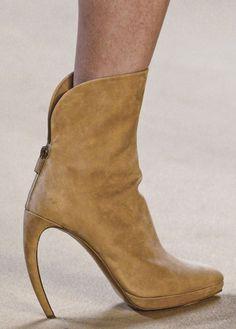 akris #heels @kennymilano #idemtiko