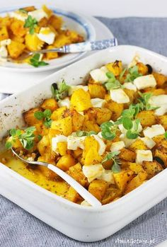 Pumpkin baked with feta cheese. Baked Pumpkin, Thai Red Curry, Feta, Food And Drink, Cheese, Baking, Fruit, Sweet, Ethnic Recipes