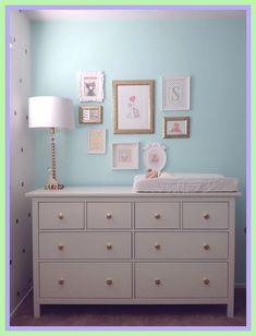 Smart home solutions - curse, blessing or just gimmick Mint & gold nursery. Frames from IKEA. HEMNES dresser from IKEA. Gold knobs from Land of Nod. More ähnliche tolle Projekte und Ideen wie im Bild vorgestellt findest du auch in unserem Magazin . Small Dresser Ikea, Ikea Dresser Makeover, Changing Table Dresser, Dresser As Nightstand, Mint Baby Rooms, Room Baby, Ikea Nursery Furniture, Cheap Vinyl Flooring, Gold Nursery