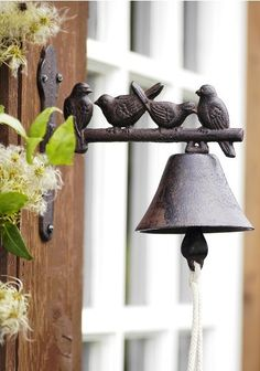 Birds + Dinner Bell or Door Bell.cute, I have so many of these birds and need to add to a bell +DIY Garden Art, Home And Garden, Ring My Bell, Door Knockers, Wabi Sabi, Decoration, Decorative Bells, Wind Chimes, Outdoor Gardens