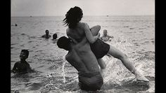 Garry Winogrand: Mid-Century Street Photographer's Stunning Photographs of Americans http://shar.es/11WgfB