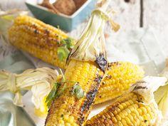 Uit doe Huisgenoot toetskombuis: Geroosterde mielies in die Cajun-styl South African Recipes, Test Kitchen, Cob, Food Inspiration, Dessert Recipes, Desserts, Grilling, Recipies, Yummy Food