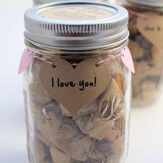 saint valentin cadeau idée original bocal mots d'amour la cherie sur le gateau