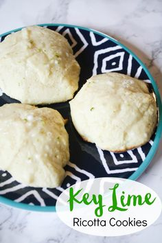 Key Lime Ricotta Cookies // Sweet and tart combine in this delicious Florida-inspired cookie!