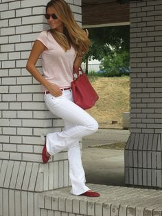 This is FABULOUS!  light pink and red! 7 for All Mankind white jeans, Hugo Boss belt, Jimmy Choo flats, Massimo Dutti shirt, Oakley Frogskins, Prada bag
