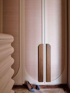 Wardrobe Door Designs, Wardrobe Design Bedroom, Wardrobe Closet, Wardrobe Doors, Closet Designs, Flack Studio, Wallpaper Door, Shutter Designs, Walnut Timber