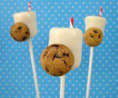 DIY Cake Pop Recipe : Milk and Cookies cake pops made from white tim tam truffles