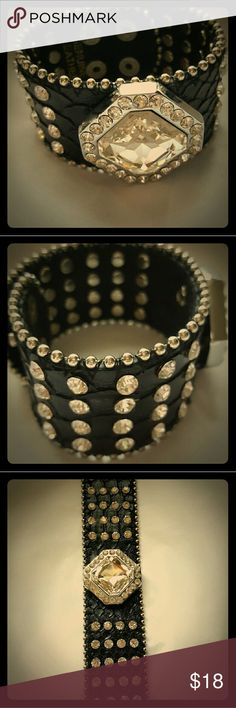 Black leather braclet with rhinestones. This is a used Leather braclet with rhinestones. no name Jewelry Bracelets