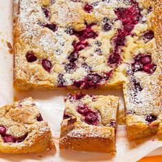 Valkosuklaa-vadelmaneliöt (in Finnish) - tried this white chocolate & rasberry pie and it was yammy. Rasberry Pie, Finnish Recipes, Kiss The Cook, Sweet Pie, Desert Recipes, Food Presentation, Food Inspiration, Banana Bread, Sweet Tooth