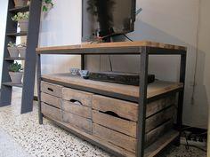 1000 images about meuble vid o on pinterest tvs tv - Meuble avec caisse de vin en bois ...