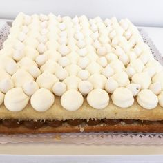 "145 Me gusta, 4 comentarios - Bru Cake Boutique (@brucakeboutique) en Instagram: ""Terminando otra Manhattan para mañana 👏 Consultas 📩Brucakeboutique @gmail.com 📲1554966880…"""