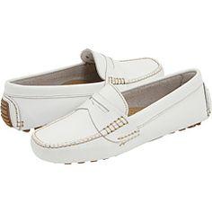 On Shoes \u2013 Low Heel Shoes \u2013 Vintage Bass Leather Shoes Bass Beige Camel Leather Slide Shoes \u2013 Rubber Sole Shoes \u2013 Size 10 Beige Slip