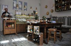 Queijaria Nacional - Eating & Shopping in Lisbon   souvenirs?