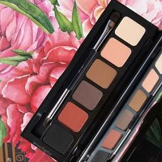 The Essential Jet-Set Eyeshadow Palette! 😍 Your perfect, on the go palette with 6 must-have matte shadows! Jouer Cosmetics, Your Perfect, Jet Set, Eyeshadow Palette, Make Up, Shadows, Beauty, Instagram, Darkness