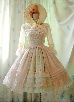 OMG IS THAT A BONNET! IVE LO-KEY ALWAYS WANTED ONE, PLUS LOVE THE DRESS! ~hL.  No words to describe how perfect this dress is. Would LOVE to have it someday <3. Has to be one of the most beautiful dresses I've EVER seen. #lolita #dress