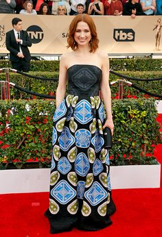 WORST: Ellie Kemper The Unbreakable Kimmy Schmidt lead's comedic style makes her a stand out and this multi-colored Peter Pilotto paisley gown does too — but in all the wrong ways. After the show she can revamp the material for a really rad sofa pillow. #SAGAwards
