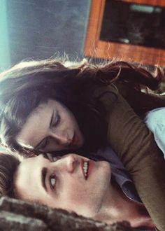 Twilight 2008, Twilight Saga Series, Twilight Cast, Twilight Pictures, Twilight Movie, Twilight Songs, Twilight Saga Quotes, Twilight Bella And Edward, Edward Bella