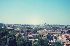 Allez faire un tour dans l'immense parc de la Villa Borghese, où vous aurez une vue imprenable sur Rome.