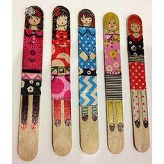 craft stick dolls   beverlys.com Bible Crafts For Kids, Crafts For Kids To Make, Art For Kids, Washi Tape Crafts, Craft Stick Crafts, Craft Sticks, Popsicle Stick Art, Material Didático, Pintura Country