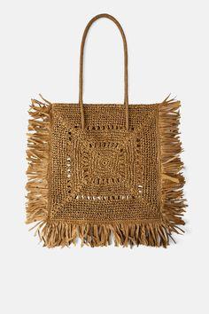 ZARA - Female - Xxl natural shopper bag - Natural - M Shopper Bag, Satchel Purse, Tote Bag, Knitted Bags, Crochet Bags, Zara Australia, Yeezy Outfit, Bag Women, Popular Crochet