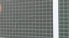 """""""W planach drogowych Krakowa ulica Armii Krajowej ma zostać poszerzona w ramach budowy trasy zwierzynieckiej. To wiąże się z wycinką rosnących tam drzew. W ich miejsca stanąć mają ekrany dźwiękochłonne. (...) I być może osiedle Widok nie podzieli losu osiedla Ruczaj, którego krajobraz pozostaje niezmienny od lat:"""""""