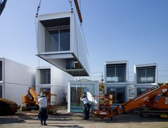 Help in a Hurry: Disaster-Relief Container Homes for Japan   Read more: http://dornob.com/help-in-a-hurry-disaster-relief-container-homes-for-japan/#ixzz2UzFlg900