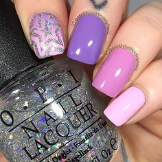 Star swirls make the best accent nails! Thank you @memyselfandmynails! - Star Swirl #NailVinyls  www.snailvinyls.com