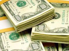 Dólar sobe ante o real em pregão marcado por volatilidade: