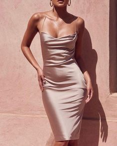 Waisted dress - The most beautiful dresses and seasonal outfits Satin Dresses, Prom Dresses, Gowns, Gold Satin Dress, Silk Formal Dress, Bodycon Dress Formal, Pink Silk Dress, Fitted Dresses, Satin Slip