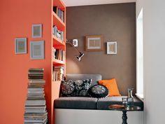 Zimmer Farbgestaltung - Pfirsich und Schokoladenfarbe im Wohnzimmer