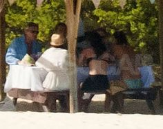 Michael and Carole Middleton ate an outdoor lunch with family.