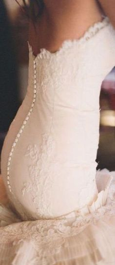 bridal dress details  | LBV ♥✤ | KeepSmiling | BeStayElegant