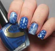 The Clockwise Nail Polish: Uber Chic Beauty 1-02 Stamping Plate Review // Sunflower