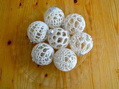 Gehaakte kerstballen / Crocheted baubles | Flickr - Photo Sharing!