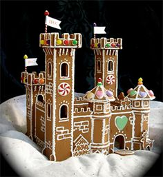 Beautiful gingerbread castle - for Lilys Birthday this year as she doesn't like cake!