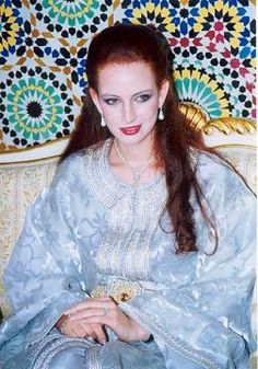 Princess Lalla Salma of Morocco Kaftan Moroccan, Style Marocain, Fabric Ribbon, Royal Fashion, Mannequins, Traditional Outfits, Different Styles, Tie Dye, Collection