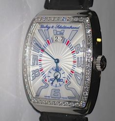 Dubey & Schaldenbrand uit Zwitserland maakt mechanisch horloges in een beperkte oplage. Deze limited edition is gefabriceerd in een oplage van 100 stuks wereldwijd en heeft een edelstalen kast bezet met diamanten € 14500,-