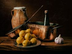 Photo/Still Life with Lemons and copper pans