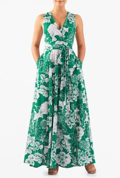 A surplice V-neck and a low cutout back with ties lends flirty allure to our floral print crepe maxi dress detailed with a pleated surplice bodice and banded empire waist cinched in with a removable sash tie belt.