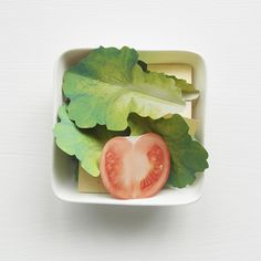 Salad Memos by Boyeon Oh is a packet of note paper designed to look like a box of salad with tomatoes, cheese and lettuce. Paper Art, Paper Crafts, Office Gadgets, Back To Nature, Edible Art, Paper Toys, Craft Kits, Paper Design, Paper Cutting