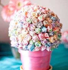dumdum lolipops make great centerpieces!